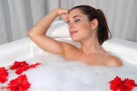 Lợi ích của việc tắm bằng nước nóng
